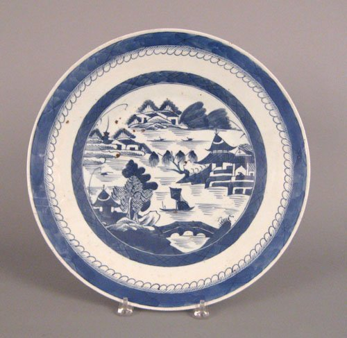 317: Chinese export Canton charger, early 19th c., 1