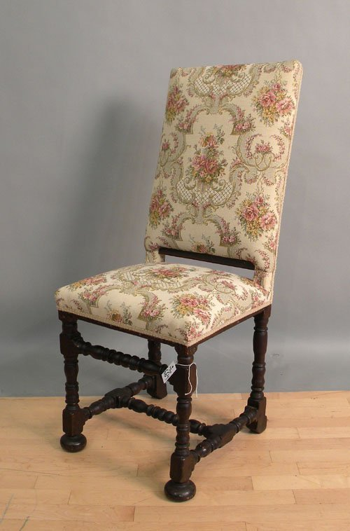 664: William & Mary beech side chair, ca. 1710.