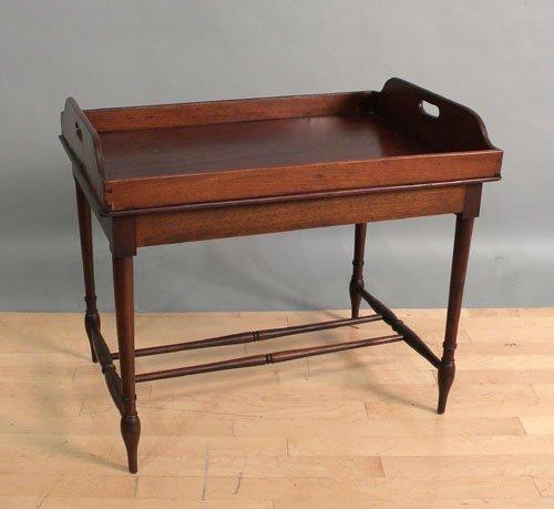 670: Georgian mahogany butler's tray table, 25'' h., 28