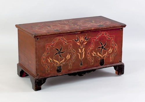 346: Pennsylvania painted pine dower chest, early 19t
