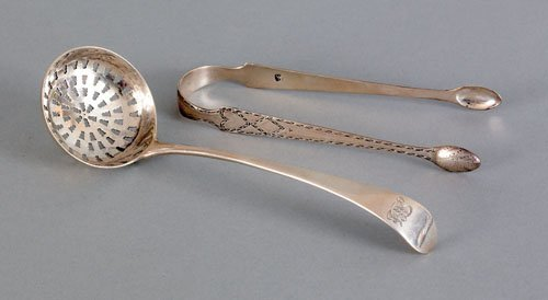 351: English silver sugar tongs, 1800, bearing the t