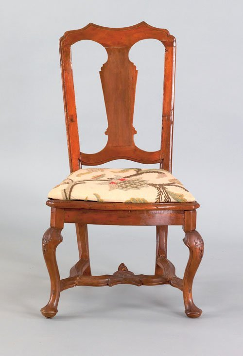 364: Dutch fruitwood dining chair, ca. 1740, with a
