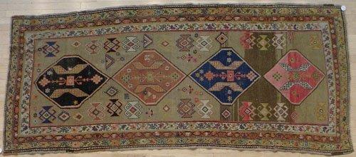 2: Serab style carpet, ca. 1920, 10' x 4'.