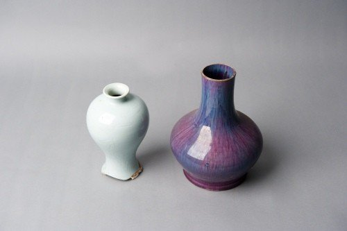 519: Two Chinese porcelain vases, 8 1/2'' h. and 9 3/4'
