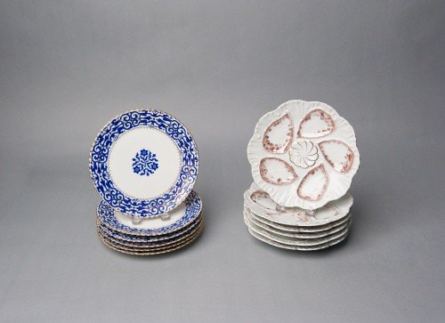 521: Set of six porcelain oyster plates, early 20th c.