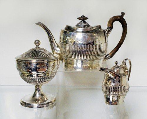 233: Silver three piece tea service, 1799-1800, bear