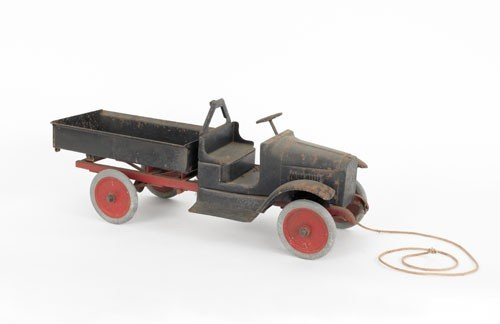 619: Buddy L pressed steel dump truck, early 20th c.,