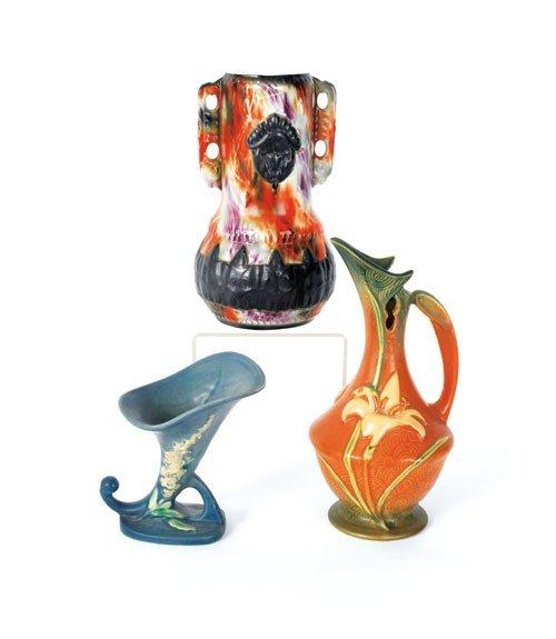 623: Two Roseville pottery vases, 20th c., tallest - 1