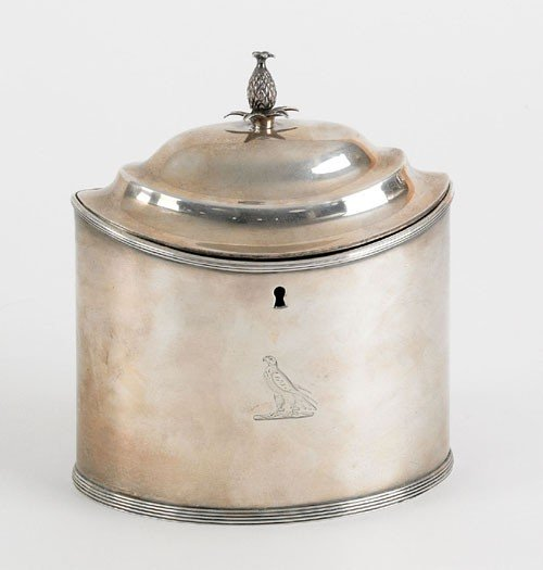 17: English silver tea caddy, 1792-1793, bearing th