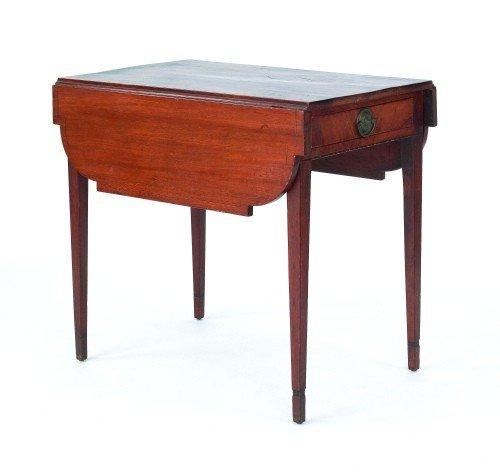 31: Pennsylvania Hepplewhite mahogany pembroke table,