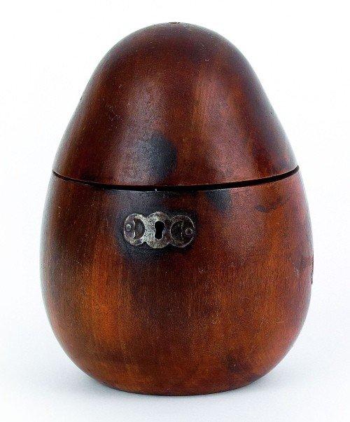 622: English pear-form tea caddy, early 19th c., 5 3/4