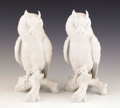 5: Pair of Kaiser white bisque owls, 9 1/4'' h.