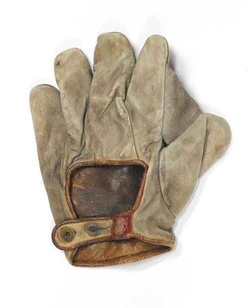 1554: Early Spalding baseball glove.