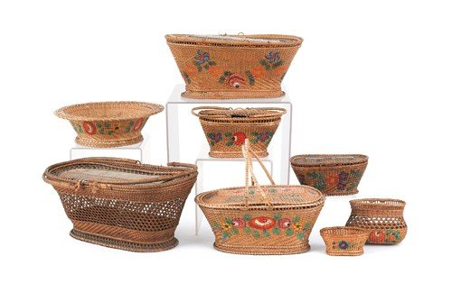 1574: Collection of eight painted baskets, 19th c., lar