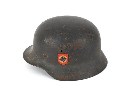 528: German WWII M35 SS helmet, liner and chinstrap, w