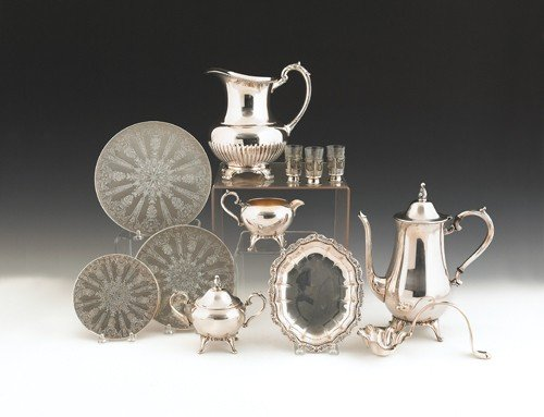 690: Collection of silver plated tablewares.