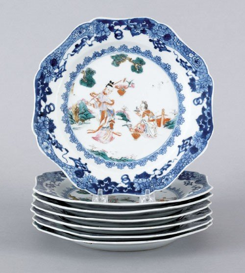 116: Set of seven Chinese export porcelain plates, 18