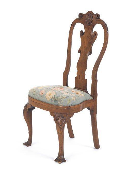 297: Philadelphia Queen Anne walnut compass seat dini