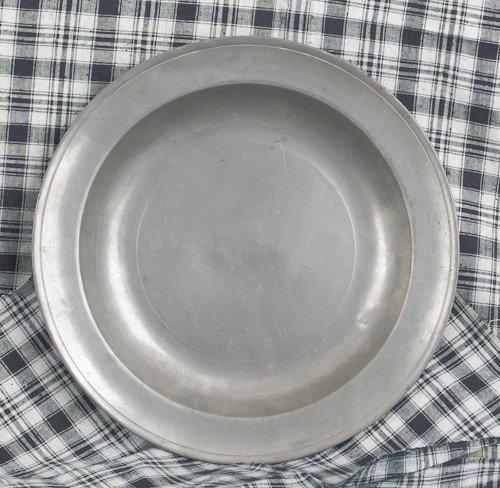 309: Philadelphia Love pewter deep dish, late 18th c.