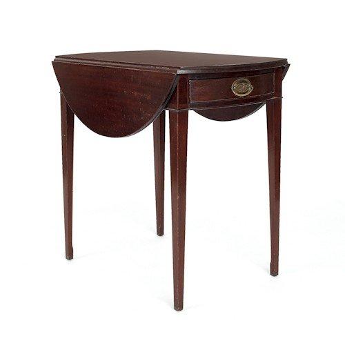 725: Federal style mahogany Pembroke table, 28 1/2'' h.