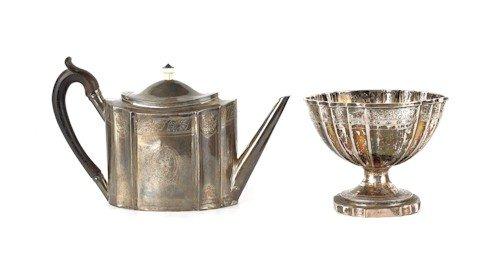 344: English silver cream pitcher, 1789-1790, bearin