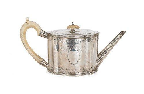 351: English silver teapot, 1779-1780, bearing the t