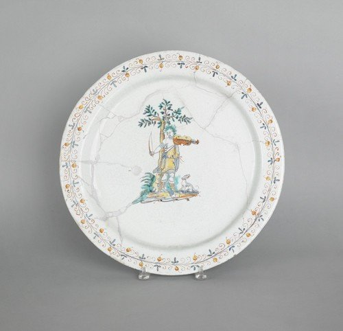 61: French faience charger, 18th c., 16 3/4'' dia.