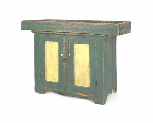 175: Painted pine dry sink, 19th c., 32 1/2'' h., 43 1/