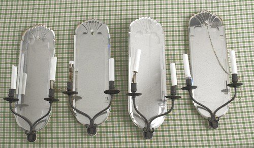 774: Set of four mirrored sconces, 20th c., with iron