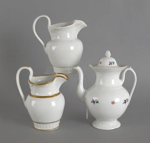 637: Tucker porcelain coffee pot, ca. 1825, 11'' h.,