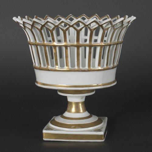 638: Philadelphia Tucker porcelain basket, ca. 1825,