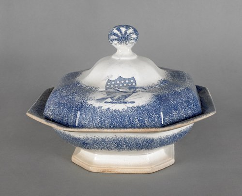 653: Blue spatter covered entrée dish, 19th c., with