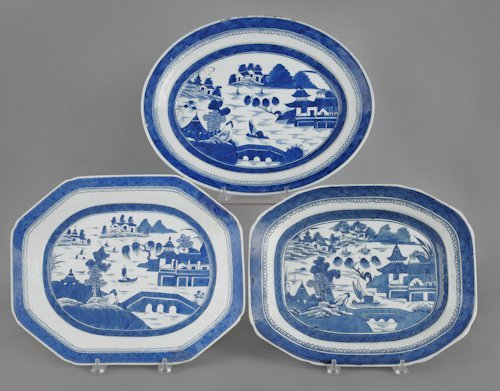 24: Three Chinese export porcelain Canton platters, 1