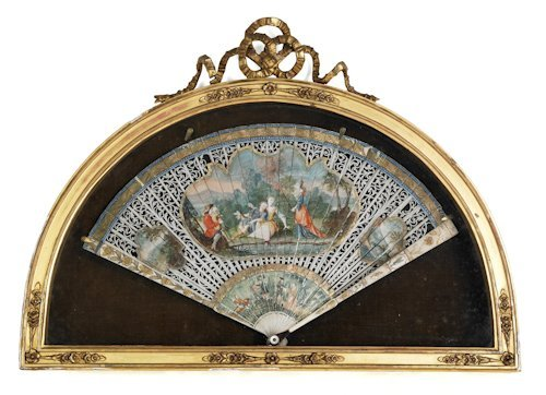 664: Continental painted ivory hand fan, late 19th c.,