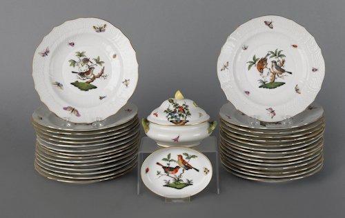 678: Herend Rothschild bird pattern porcelain plates,