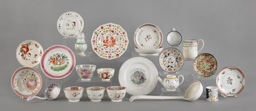 17: Collection of English ceramics, to include creamw