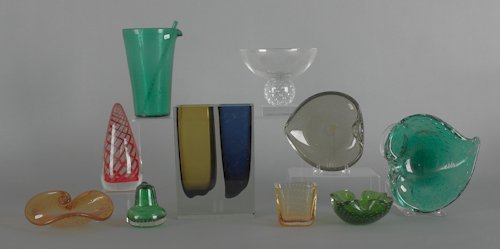 1054: Collection of art glass, to include Erickson, etc