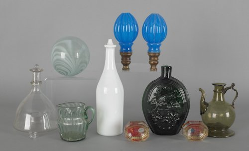 1065: Collection of glass, to include a pair of Sandwic