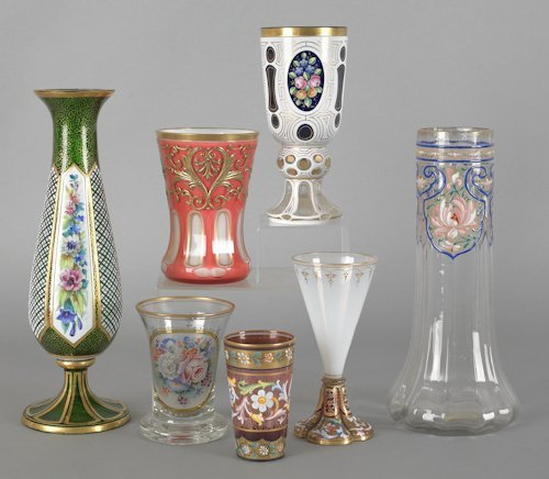 1069: Seven pieces of Bohemian glass, tallest - 11 1/4'