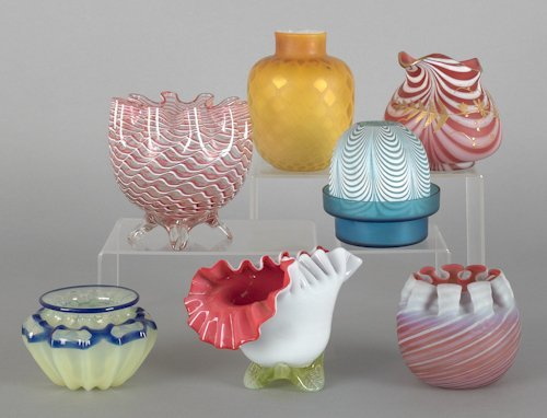 1072: Collection of art glass to include nailsea, satin