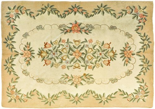 1458: Roomsize hooked rug, mid 20th c., 11'6' x 8'8''.
