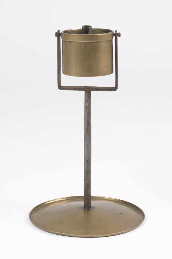 15: Pennsylvania brass and iron gimbaled fat lamp, m