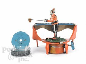 21: Wolverine tin lithograph Zilotone wind-up toy, 20