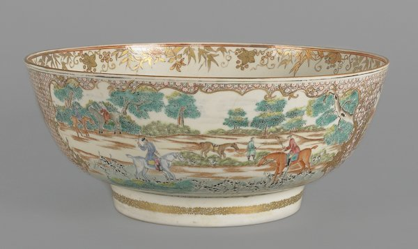 476: Chinese export Mandarin palette hunt bowl, ca. 1
