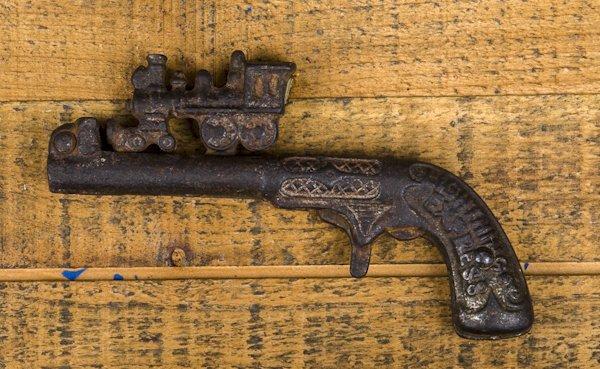 Kenton cast iron Lightning Express cap gun, 5''