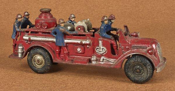Arcade cast iron fire pumper, 13 1/4'' l.