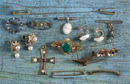 Group of 14K gold to include lingerie pins a wa