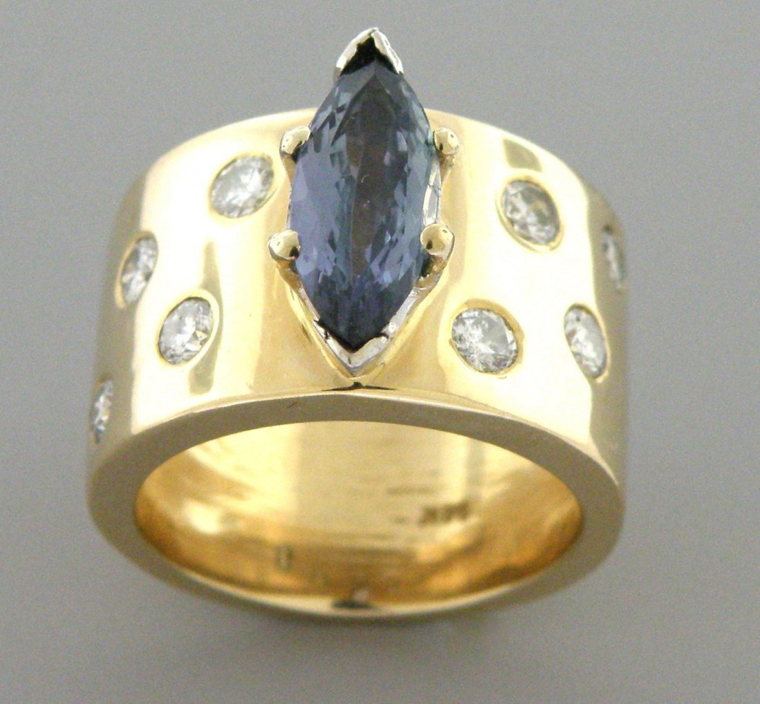 VINTAGE 14K YELLOW GOLD TANZANITE DIAMOND HEAVY RING