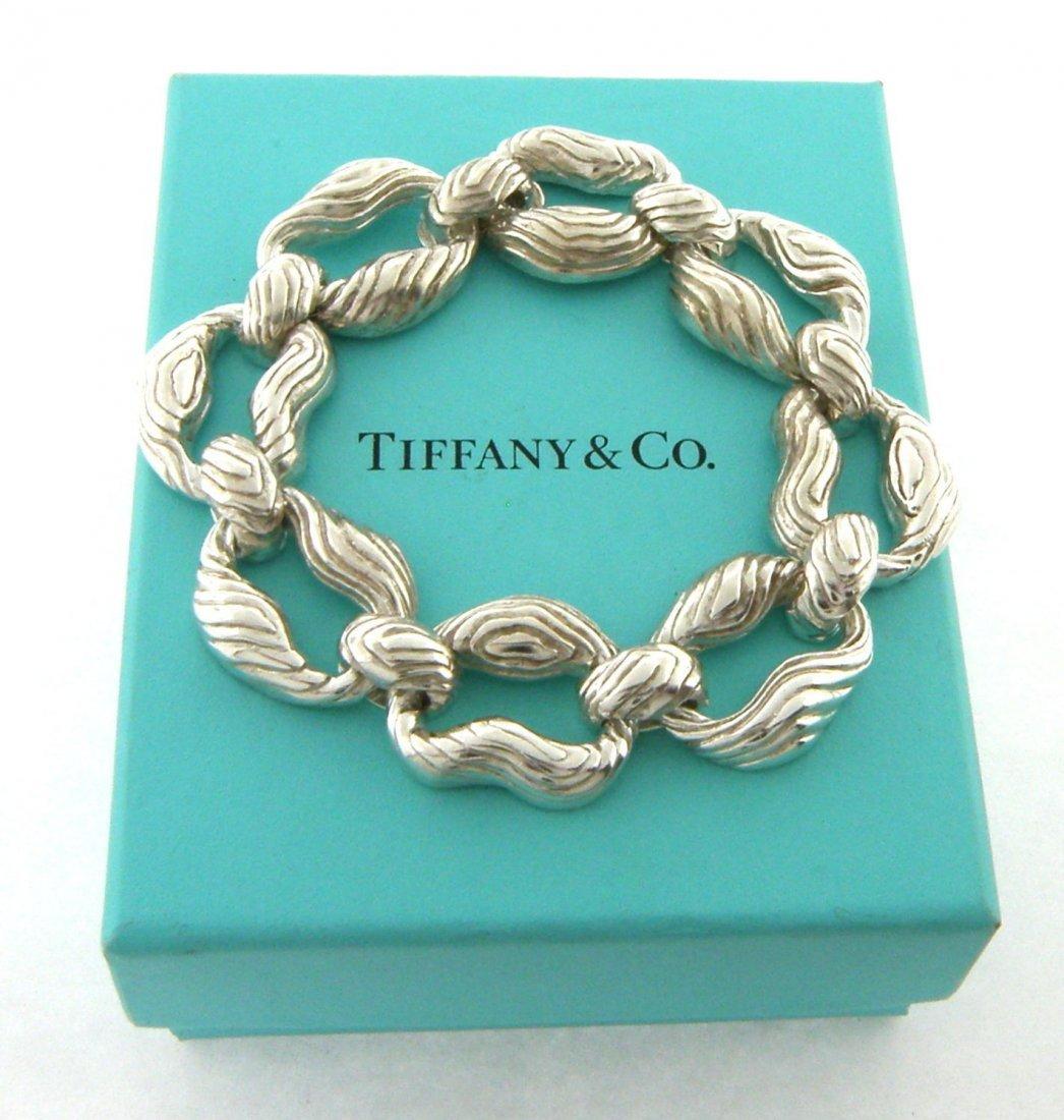 TIFFANY & Co. STERLING SILVER LARGE HEAVY WOOD BRACELET
