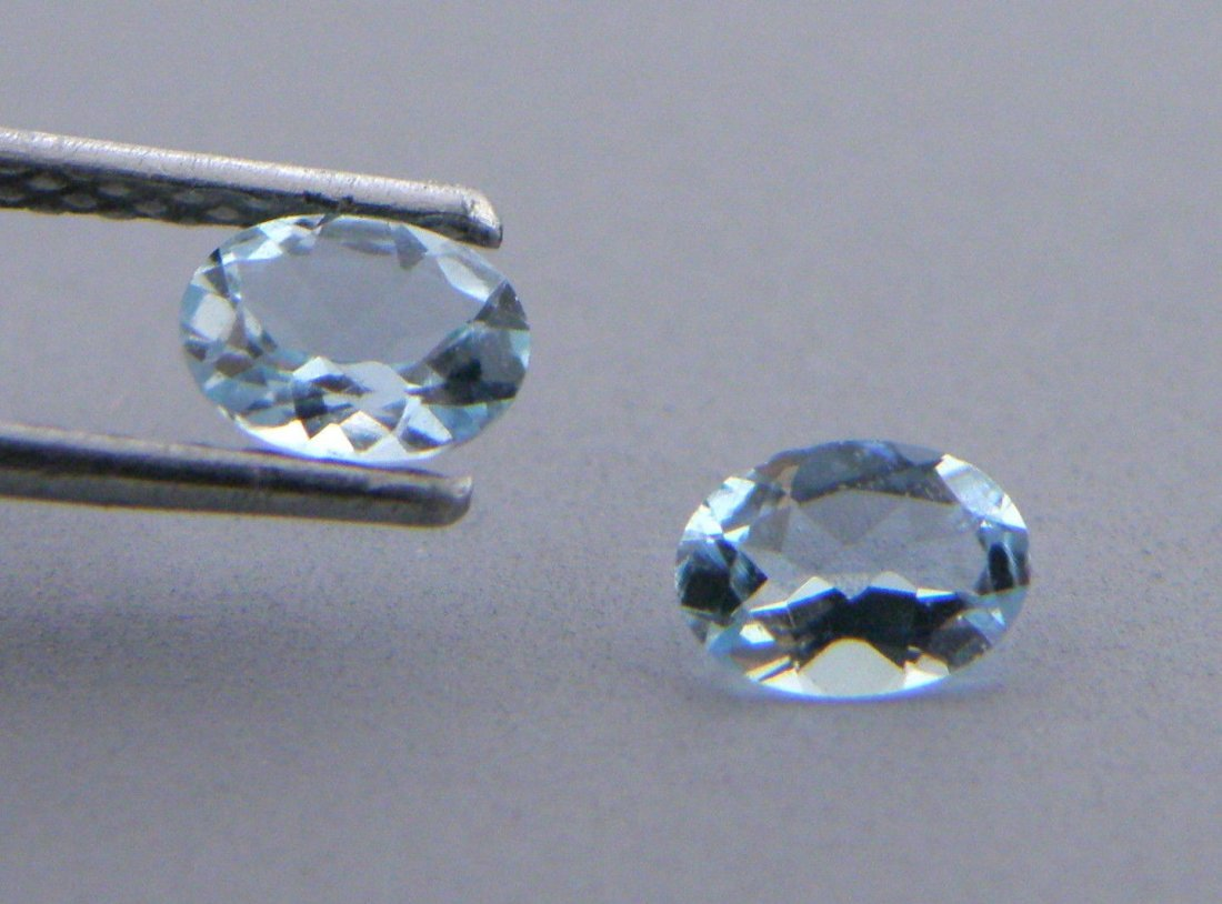 10x8mm MATCHING PAIR OVAL LOOSE NATURAL BLUE AQUAMARINE